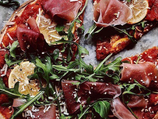 Prosciutto, Arugula & Lemon Pizza
