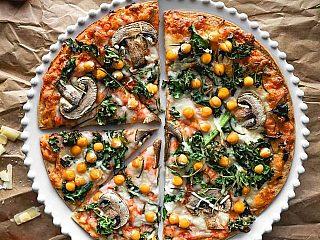Chickpeas, Mushrooms & Rosemary Pizza